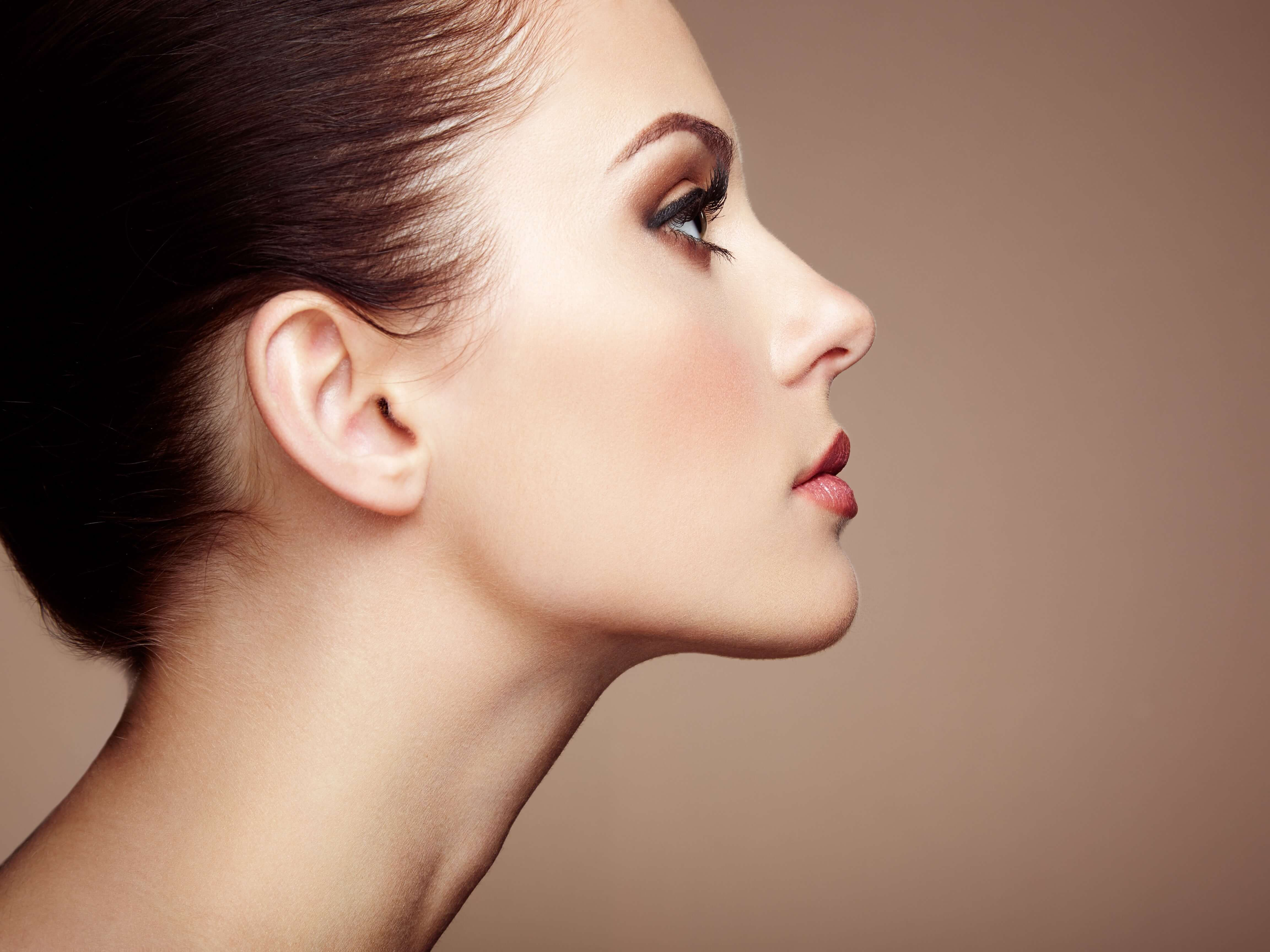 Woman with neck up.